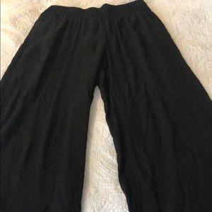 Pants - Black linen pants
